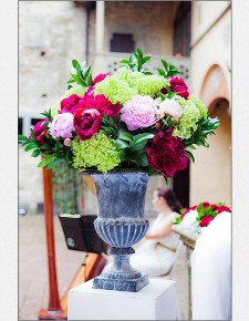 Soft pink peonies flower arrangements, summer weddings in Tuscany