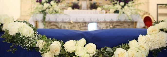 altar's flower decoration