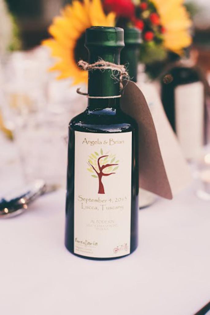 rustic tuscan wedding favor ideas