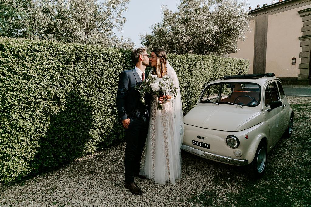 wedding-car-tuscany-italy