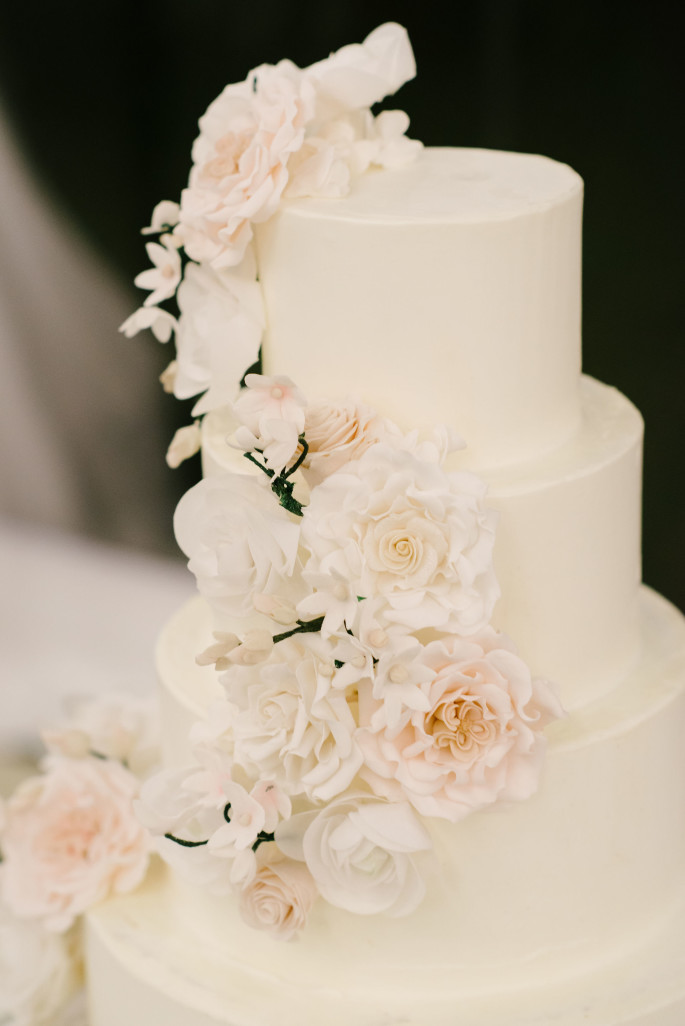 tuscany-wedding-cake