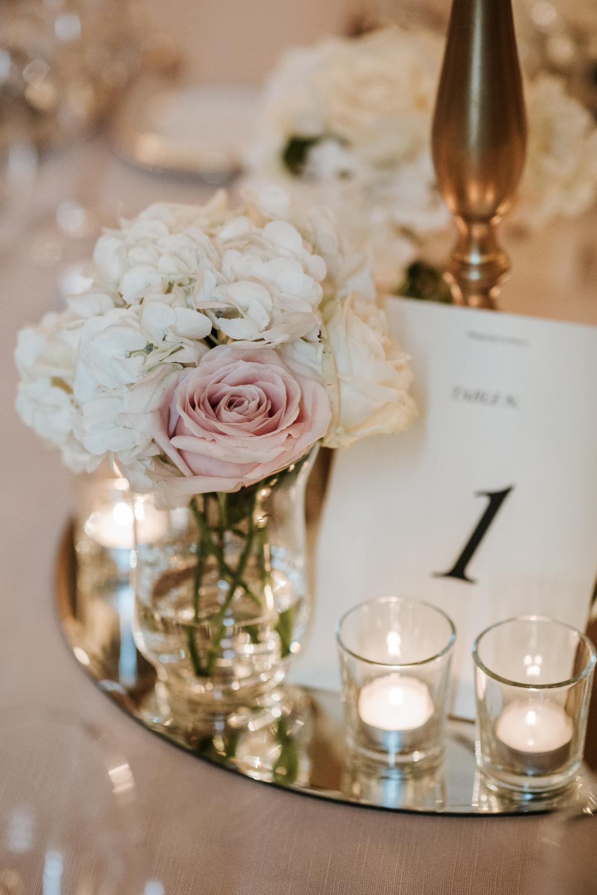 wedding-centertable-flowers-florence-tuscany