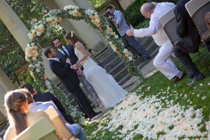 arch of flowers wedding in Florence Four Seasons Tuscany