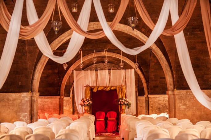 Villa Catignano ceremony decor Tuscany