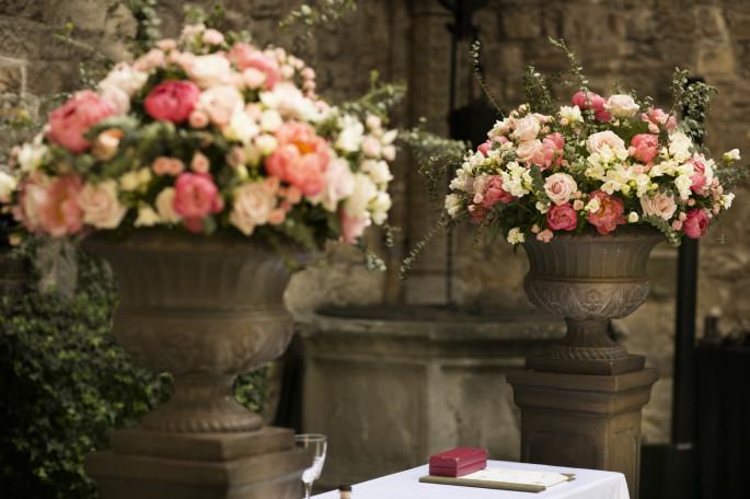 wedding flowers in Tuscany
