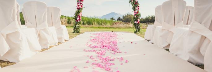 ceremony flowers wedding in Sardinia
