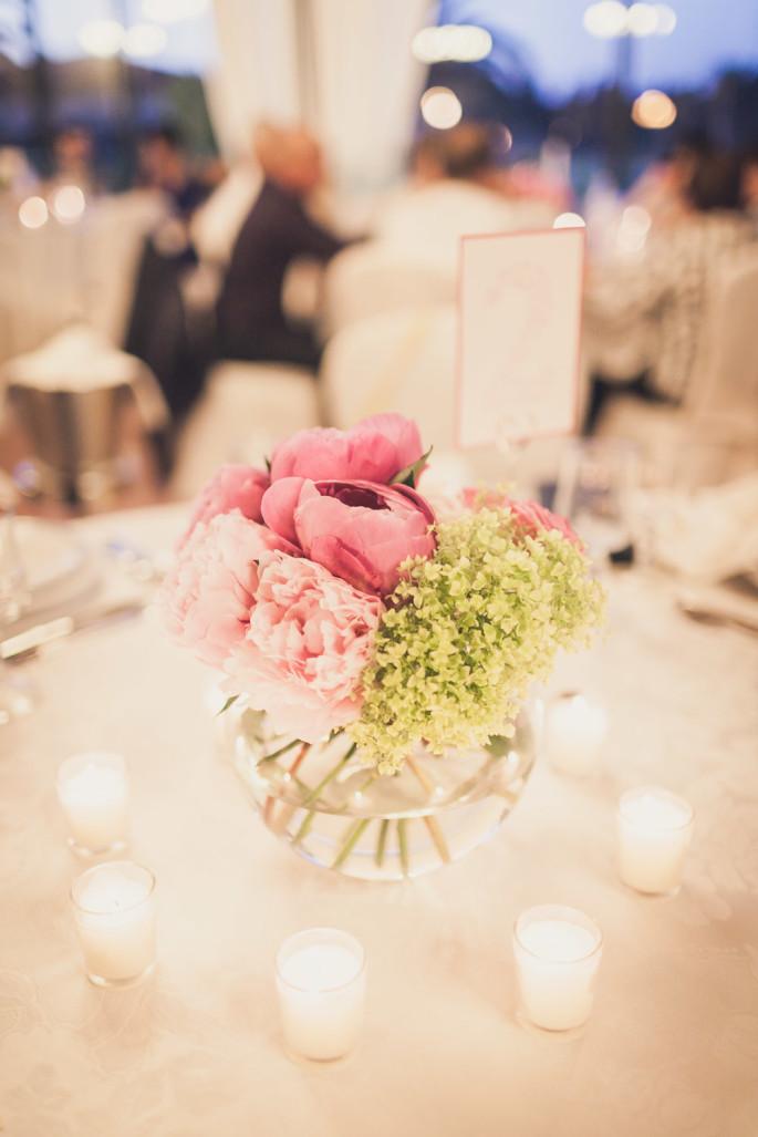 wedding flowers Sardinia peonies centertable ideas