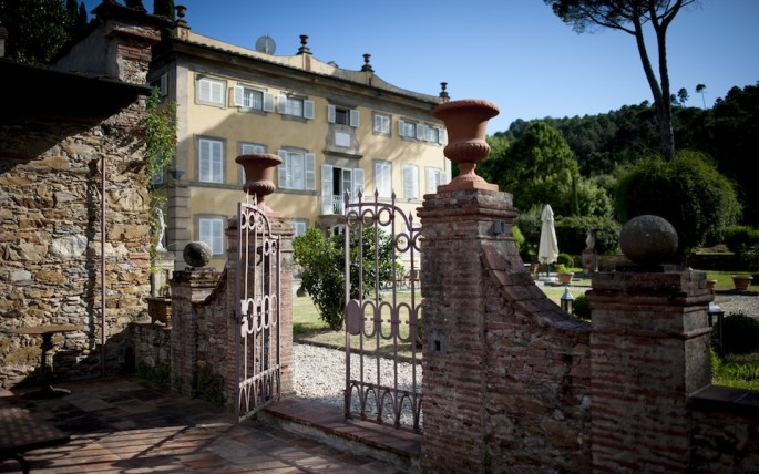 tuscany wedding venues Lucca