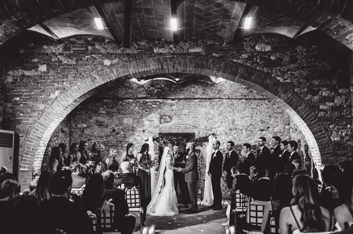 ceremony-decor-tuscany