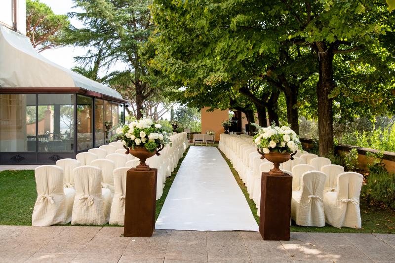 wedding-eremony-flowers-tuscany-andana-resort