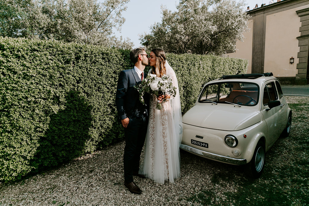 wedding-car-tuscany-italy