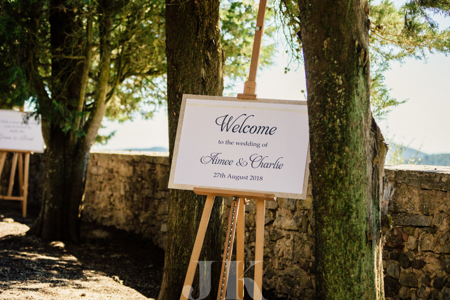 welcome-guest-sign