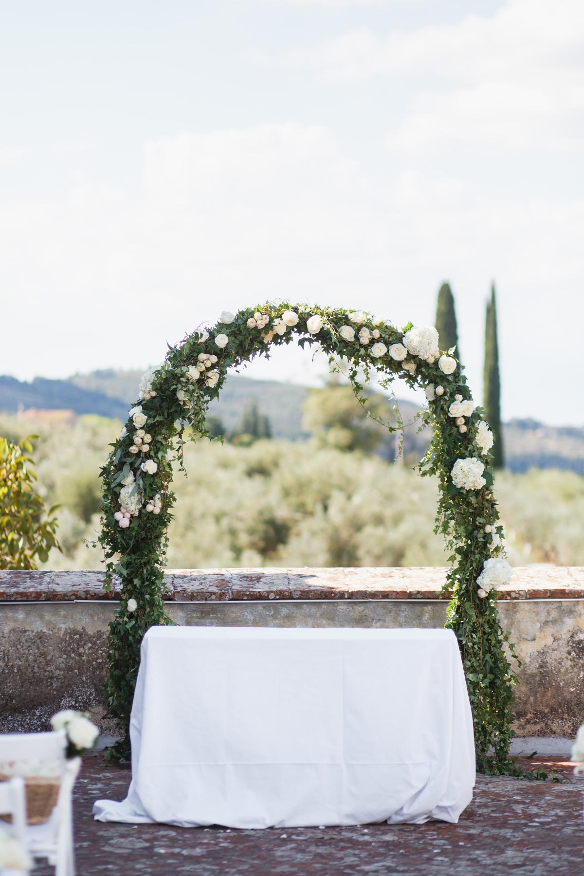 wedding-arch