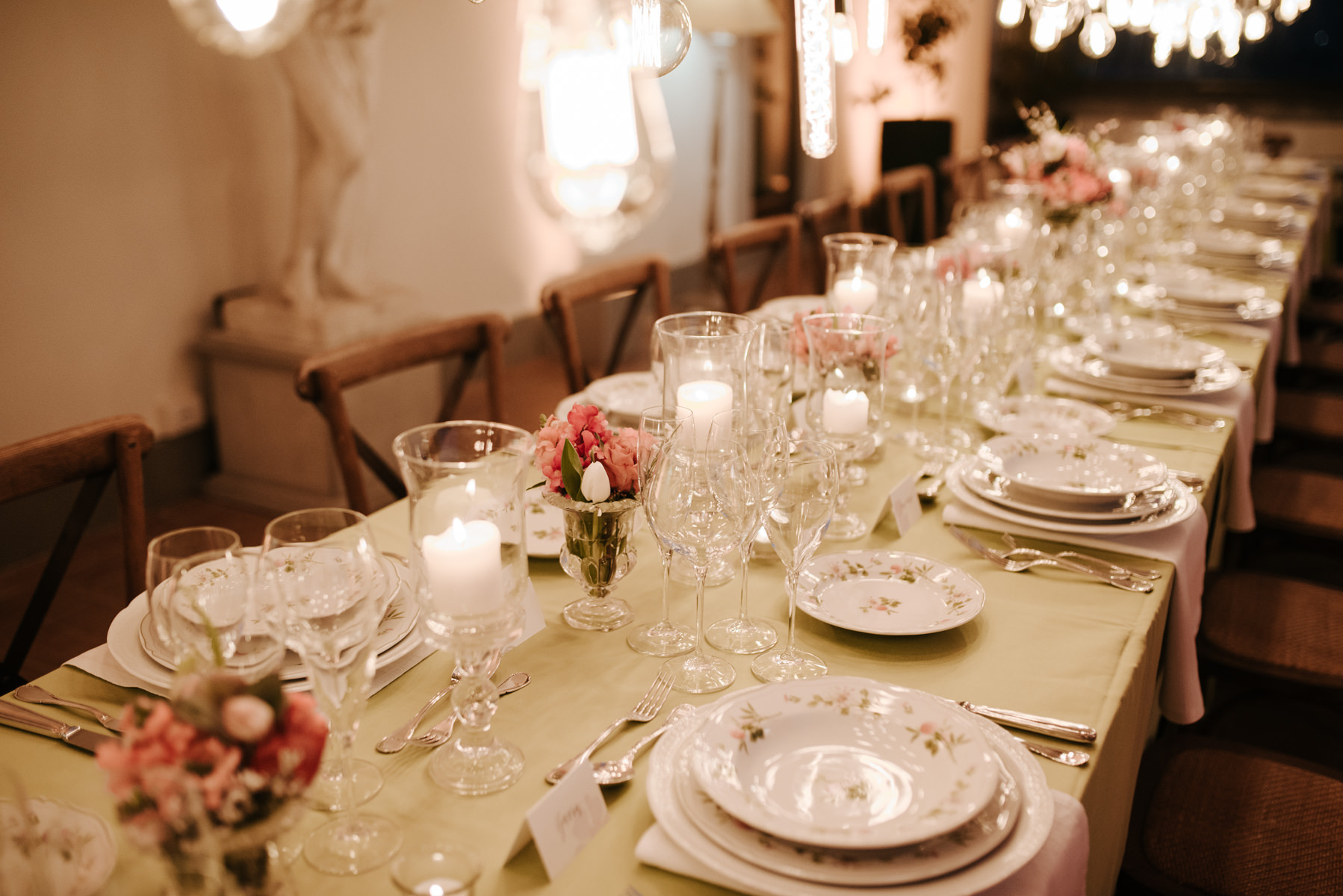 party-tablescape-decor-italy-tuscany