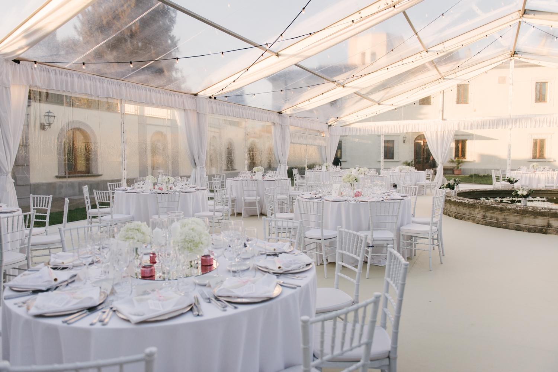 villa-tolomei-wedding-flowers-tuscany