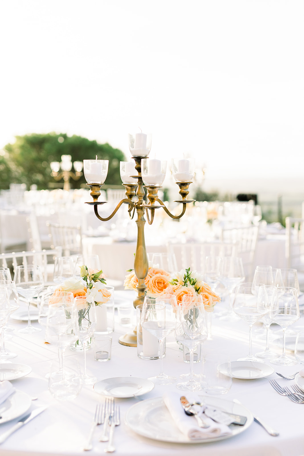 peach wedding tablecentre flowers